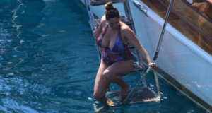 Kelly Brook Bodrum'da sobelendi